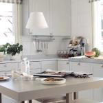 kuvassa rauhala keittiö