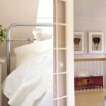 kuvassa kannustalon rauhala-talon makuuhuone