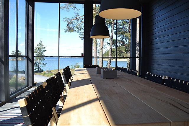 Koivupöytä (Made by Tammenterho Design)