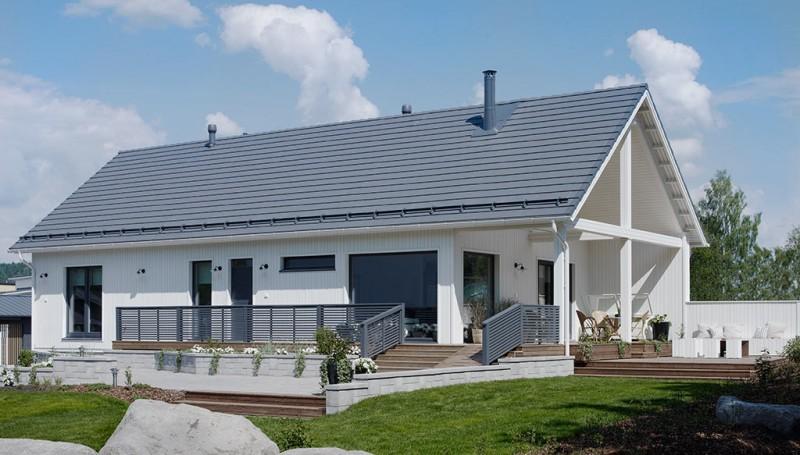 autokatoksen rakentaminen talon yhteyteen