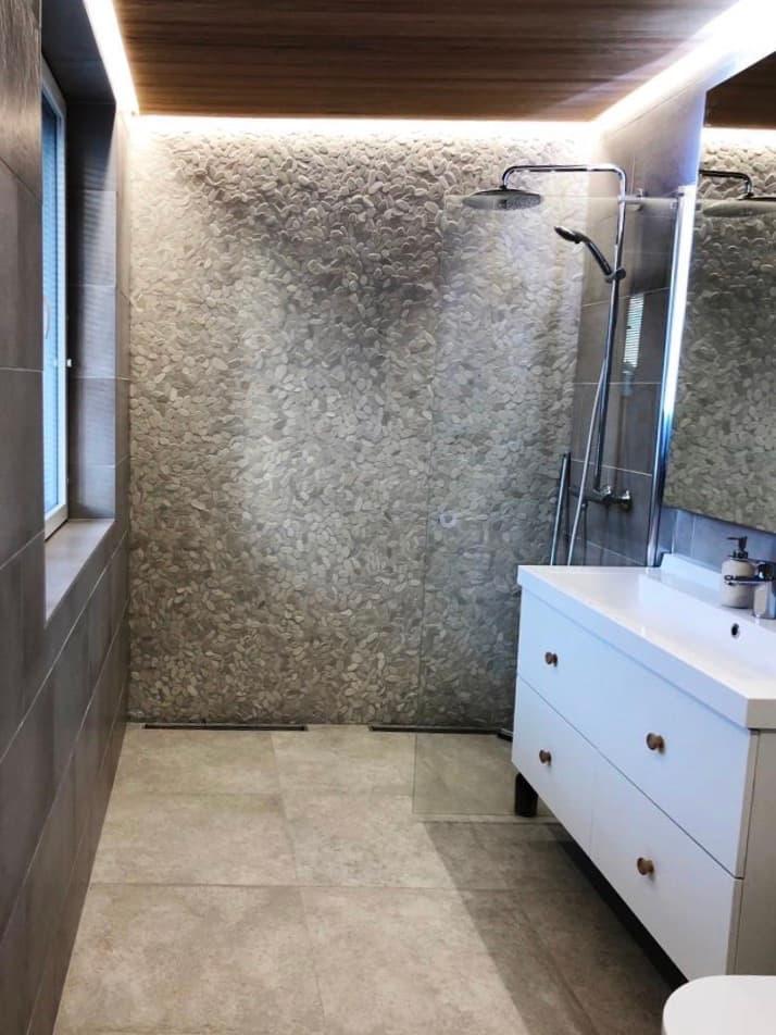 juhlamalli-kirkkonummi-kylpyhuone